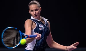 Karolina Pliskova roared through the first set 6-0 and held off a fightback from Simona Halep to win in three sets.