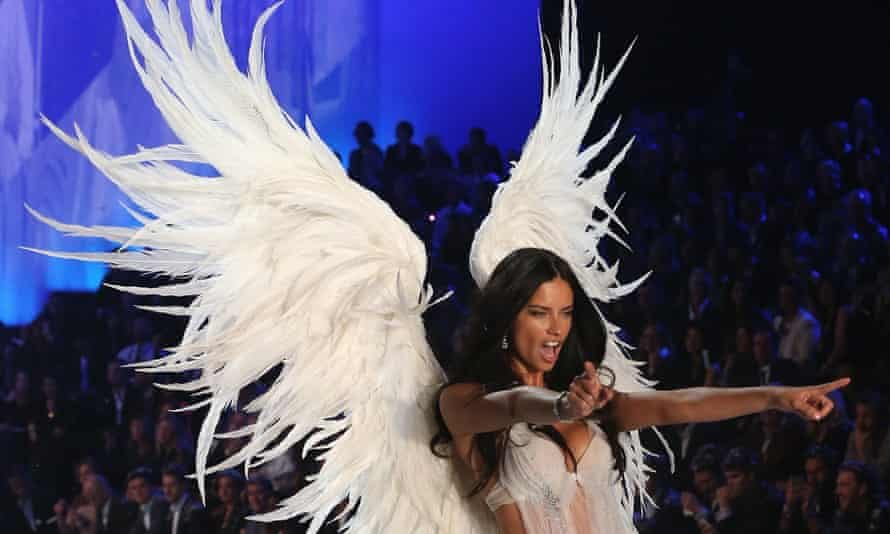 2013 Victoria's Secret Fashion Show - Runway<br>NEW YORK, NY - NOVEMBER 13: Model Adriana Lima walks the runway at the 2013 Victoria's Secret Fashion Show at Lexington Avenue Armory on November 13, 2013 in New York City. (Photo by Kevin Kane/FilmMagic)