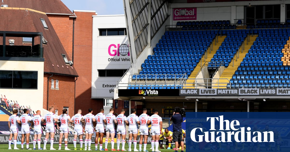Wakefield Trinity owner backs players who collectively failed to take a knee
