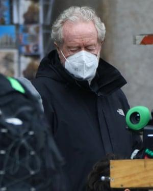 Sutradara Ridley Scott di lokasi syuting House of Gucci di Milan.