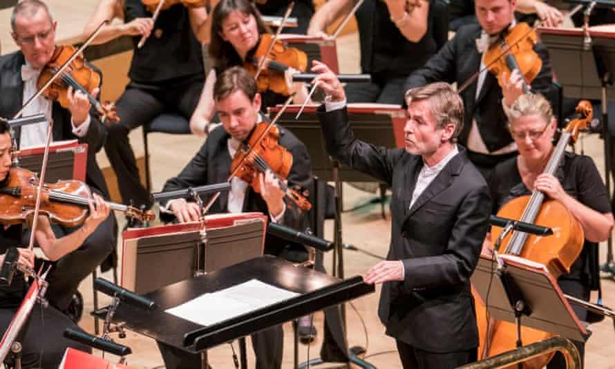 Esa-Pekka Salonen conducts the Philharmonia Orchestra at the Royal Festival Hall.