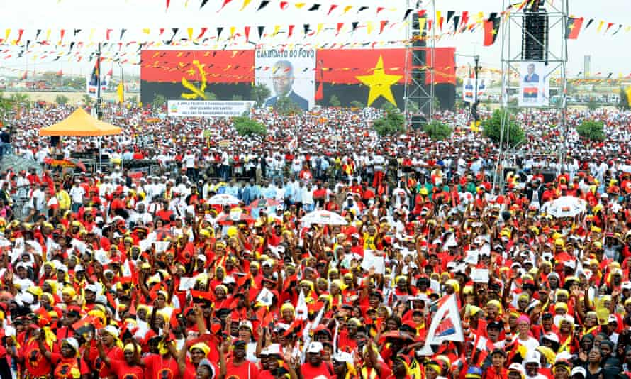MPLA supporters attend a rally for Angolan president Jose Eduardo dos Santos in Kilamba Kaixi, 2012.