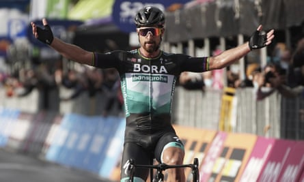 Peter Sagan, of Bora-Hansgrohe, crosses the winning line on stage 10 of the Giro d'Italia from Lanciano to Tortoreto.
