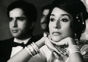 Jaffrey in the 1965 Merchant Ivory film Shakespeare Wallah, with Shashi Kapoor.