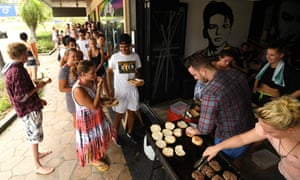 Hungry locals queue up for burgers in Airlie Beach.