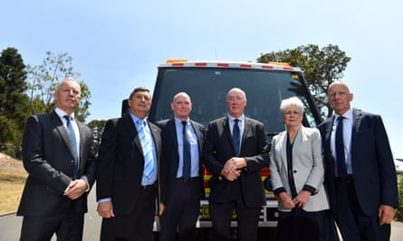 Emergency Leaders for Climate Action, from left: Greg Mullins, Lee Johnson, Peter Dunn, Mike Brown, Naomi Brown and Craig Lapsley at a press conference in Sydney, 17 December 2019