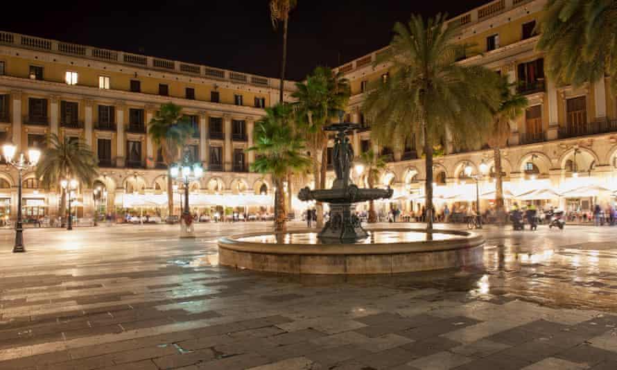 Placa Reial, Barcelona.