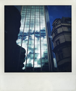 Brando-shaped clouds in City of London building