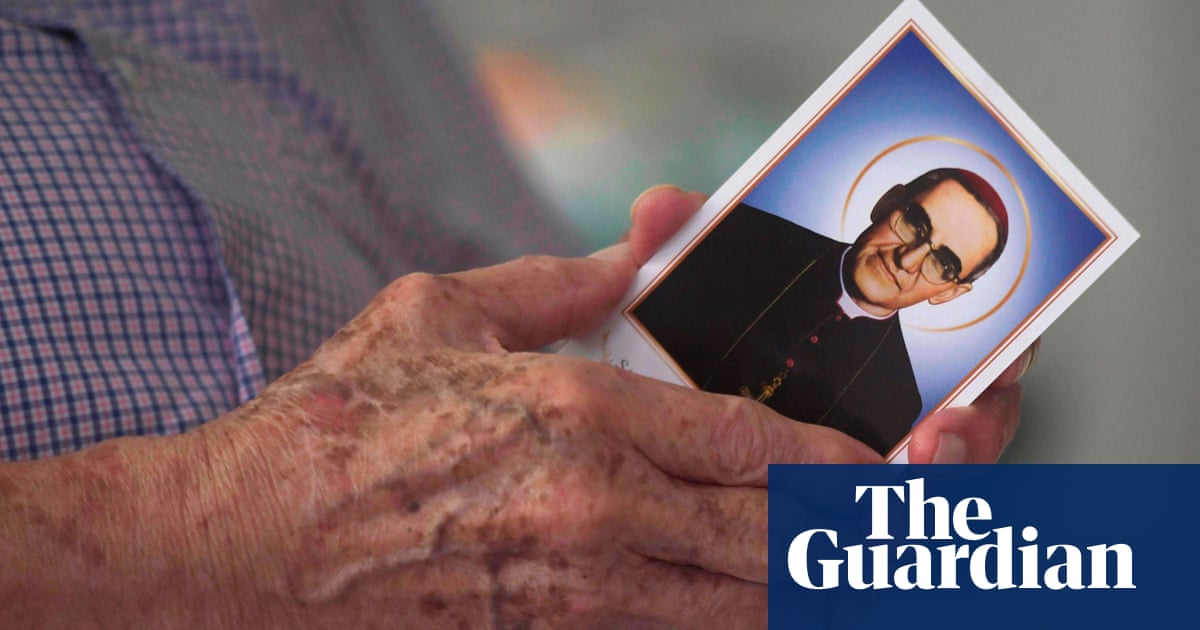 Salvadoran priest Oscar Romero to be declared saint by Pope Francis
