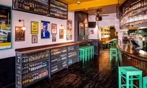 The Draft House pub, Northcote road, Battersea, London.
