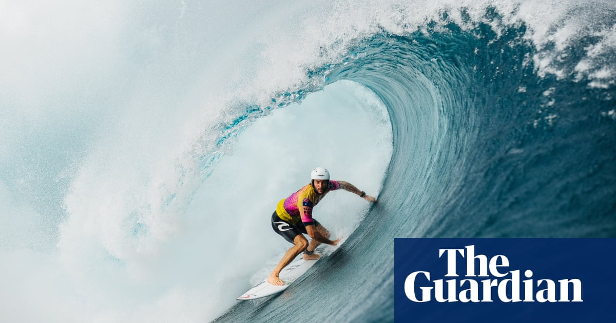 Paris wants to host Olympic surfing contest on Tahiti