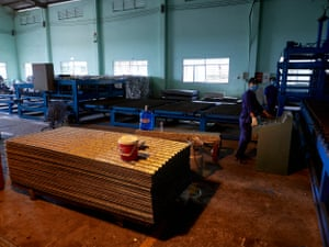 The production of roof tiles from recycled Tetra Pak cartons at Dong Tien paper recycling plant