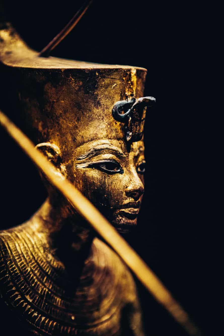 lded Wooden Figure of Tutankhamun on a Skiff, Throwing Harpoon. Tutankhamun: Treasures of the Golden Pharaoh at the Saatchi Gallery.