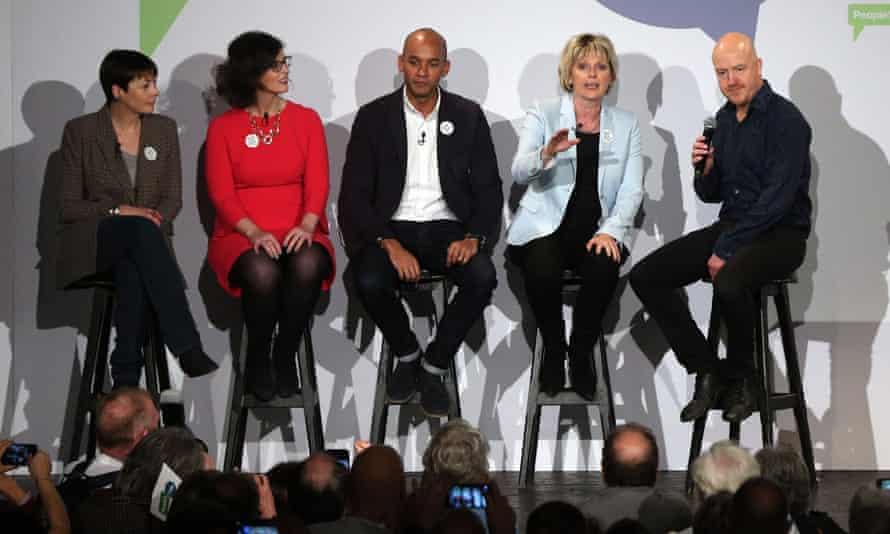 Caroline Lucas, left, Layla Moran, Chuka Umunna, and Anna Soubry are joined onstage by comedian Andy Parsons, right, during the People's Vote campaign launch at the Electric Ballroom in Camden Town.