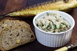 Smoked mackerel paté