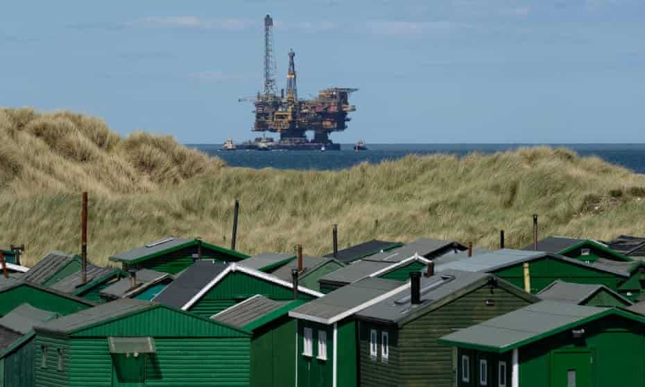 Shell's Brent Bravo oil rig arrives on Teesside for decommissioning, June 2019