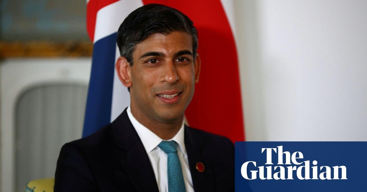 Rishi Sunak pushing Boris Johnson to relax travel rules