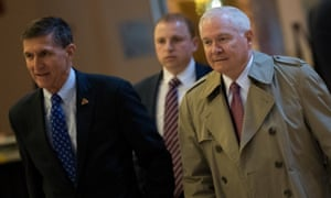 Robert Gates arrive at Trump Tower on 1 December with Michael Flynn, Donald Trump's national security adviser.