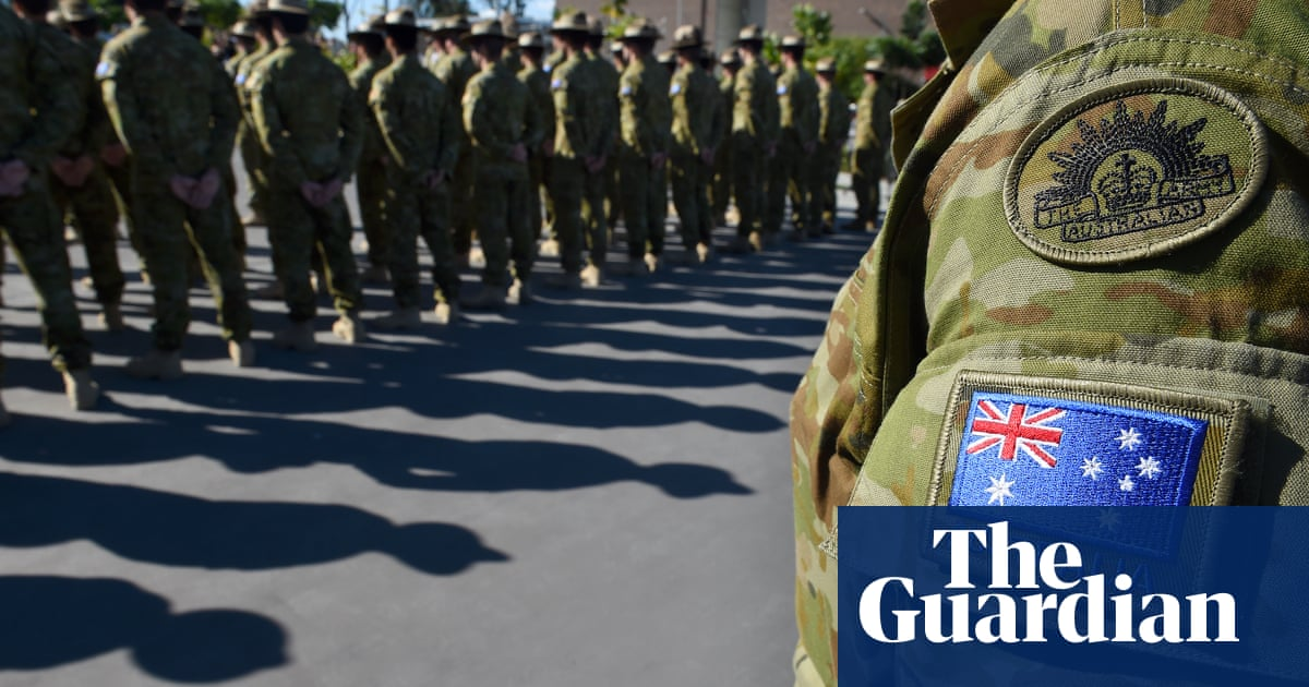 Australia urged to give visas to Iraqi translators who worked for ADF
