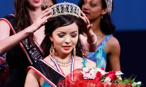 Anastasia Lin is crowned Miss World Canada 2015.