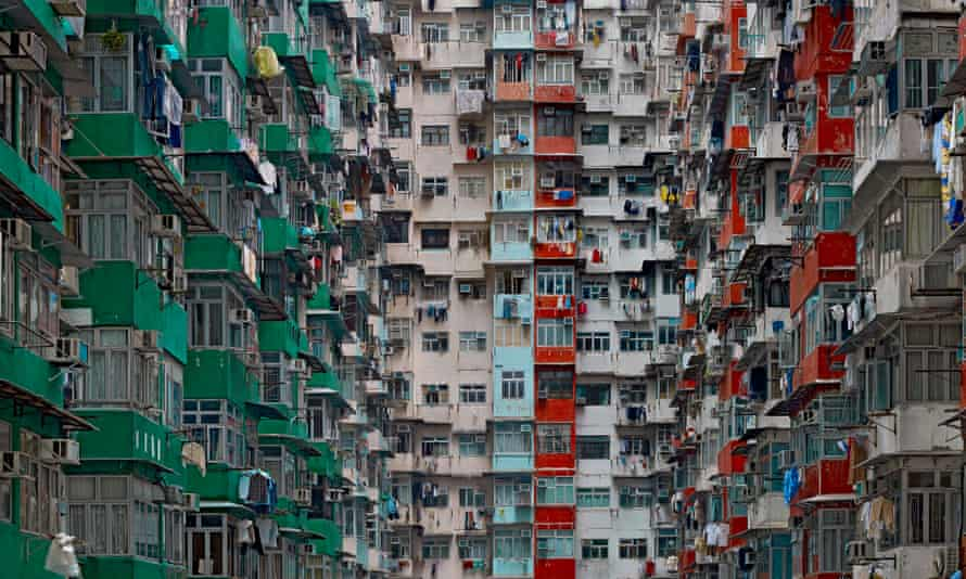 An image of Hong Kong from Architecture of Density, 2009, by Michael Wolf.