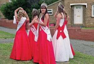 2012 Queen of Wellingborough, Northants, Catherine Evans accompanied by Princess Sophie Evans, Princess Sinead Mitchell, Princess Lauren Clarke and Princess Ellie Todd.