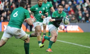 Joey Carbery spins the ball down the line in the second half of the win over Scotland.