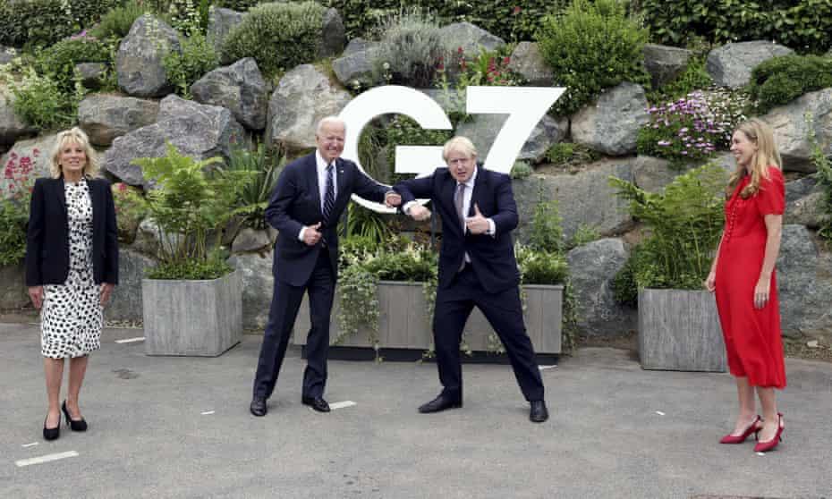 Boris Johnson and Joe Biden with their wives in Cornwall.