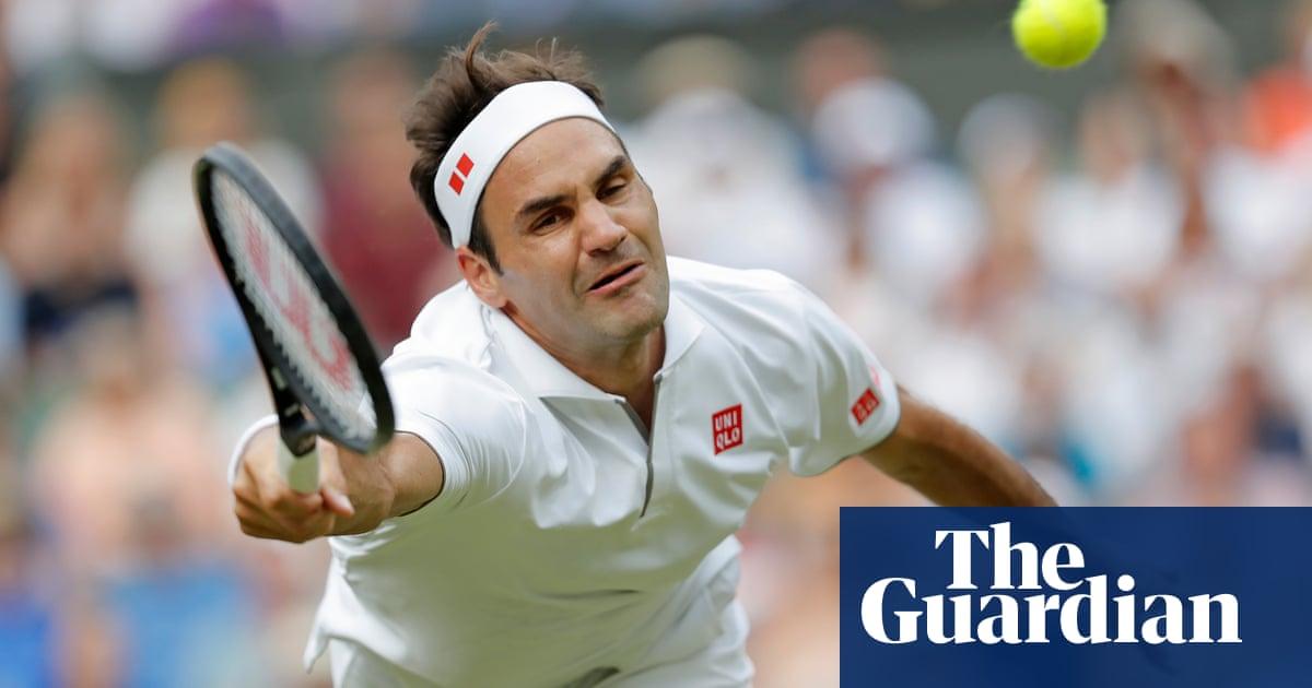Roger Federer brings u...