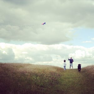 """<strong>The kite runners</strong><br>A sunny &amp; blustery day on the South Downs was the perfect combo for kite flying. My boy runs to meet his daddy followed by the faithful hound!<br>Photograph: <a href=""""https://witness.theguardian.com/assignment/55b0f634e4b02ab2dca28ece/1636053"""">teamcov/GuardianWitness</a>"""