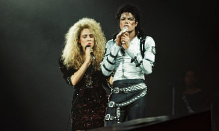 Sheryl Crow with Michael Jackson in 1998.