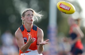 Cora Staunton trying to get to grips with her new sport in the AFLW.