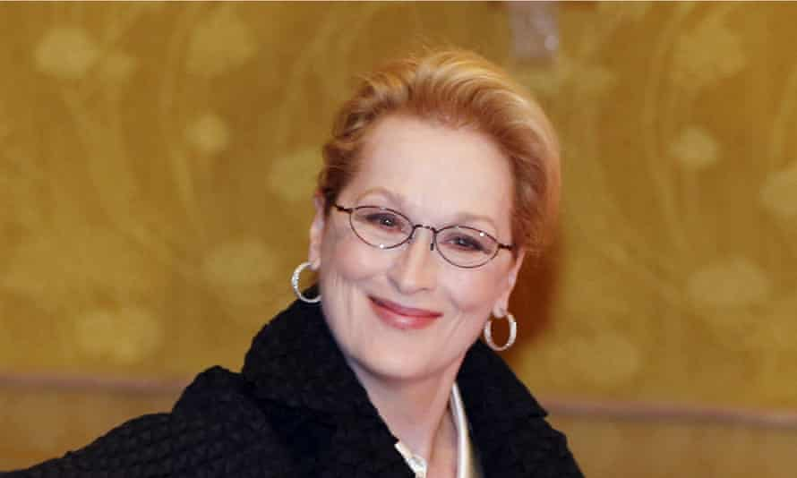Meryl Streep has signed a letter calling on Amnesty International to rethink its draft policy on the sex trade.