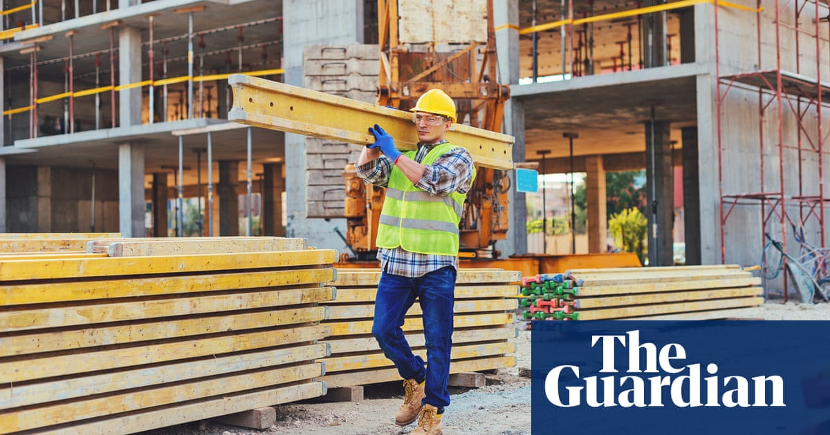 Tories have unhealthy financial reliance on property developers, says report