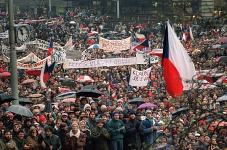 Czechoslovak students shout in support of Vaclav Havel for presidency during protest rally at Wenceslas Square in Prague in November 1989.