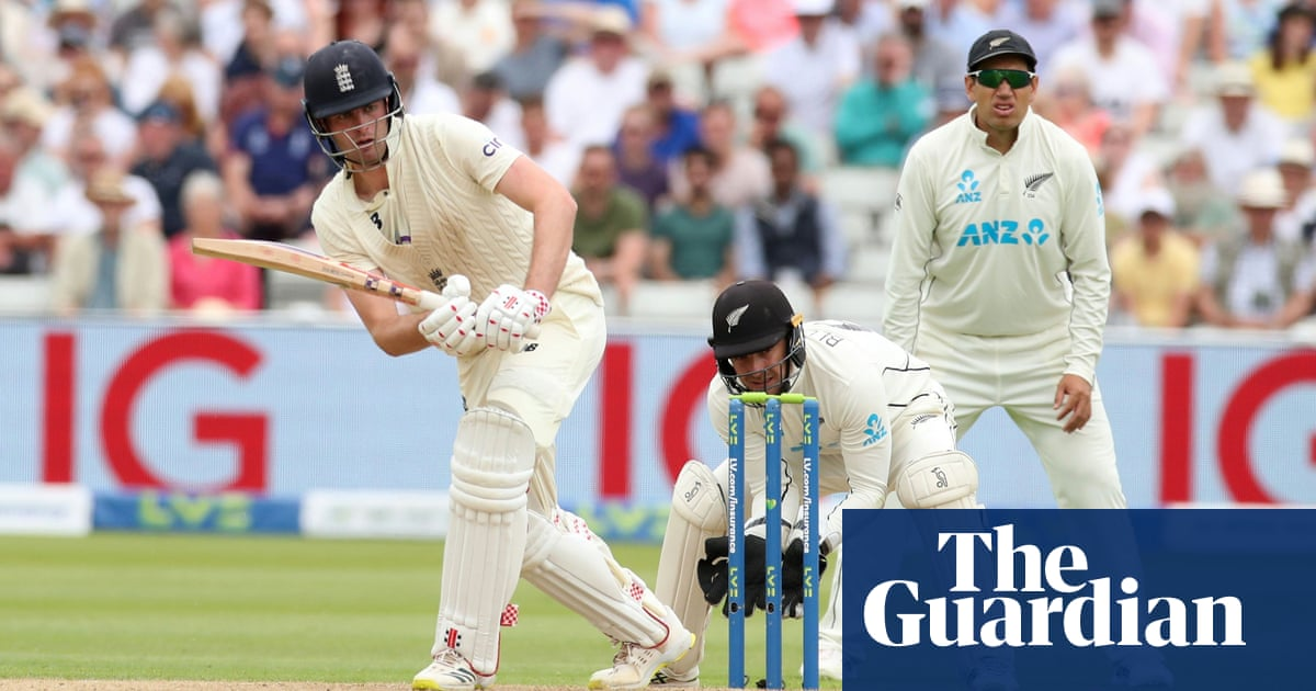 Dom Sibley awkwardly cements his status as England's newest cult hero | Andy Bull