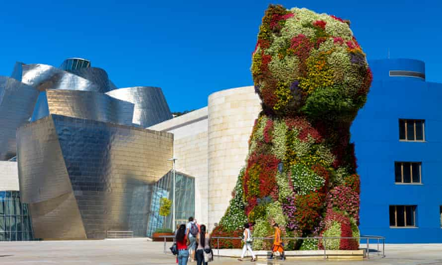 Puppy has been at the entrance of the Guggenheim museum in Bilbao for 24 years