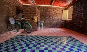 Sargassum house by Omar Sánchez Vázquez in Quintana Roo.