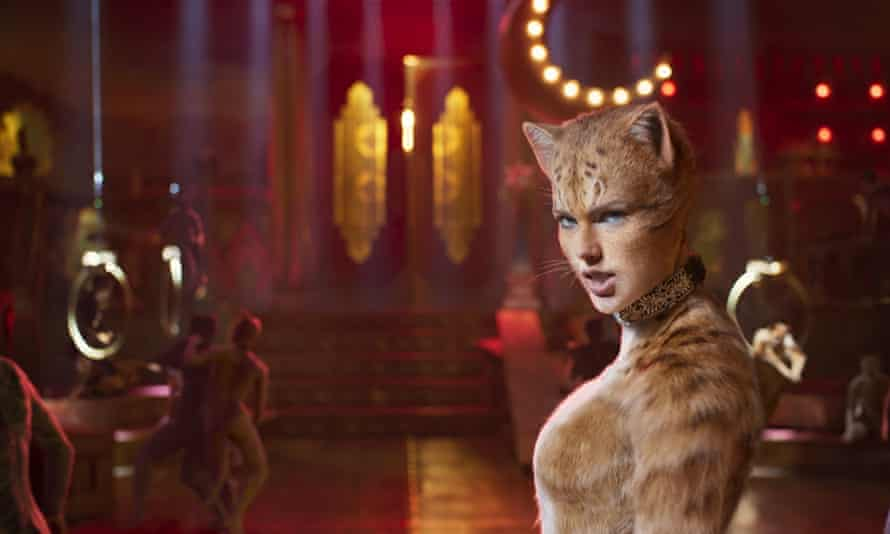 Cats, with Taylor Swift as Bombalurina, is on its way to becoming a surprise failure for Universal Pictures.