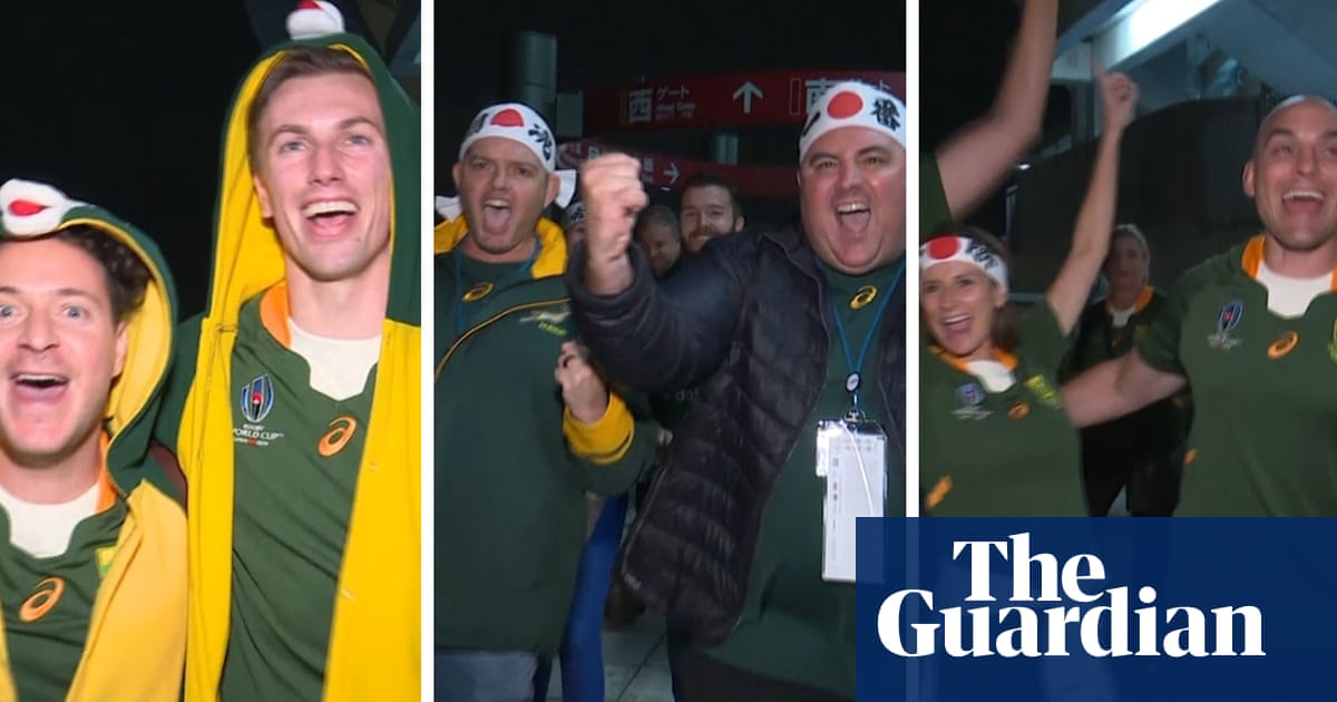South Africa fans celebrate Rugby World Cup semi-final victory over Wales – video