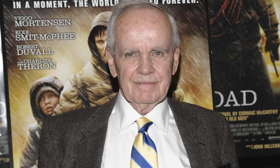 Cormac McCarthy at the premiere of the film version of his novel The Road. His publisher confirmed he is not @CormacMcCrthy