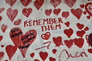 A memorial wall in London with 150,000 hearts drawn on in remembrance of those who lost their lives to Covid-19 in the UK.