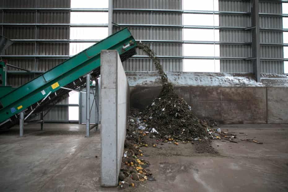 The decontaminated organics pass through a slow-speed shredder to break up the material and mix it together.