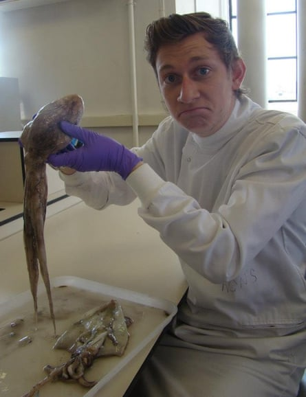 Thomas Clements with an octopus 'participant' getting prepped for an experimental palaeontological experiment.