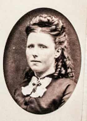 Anna, Van Gogh's eldest sister.