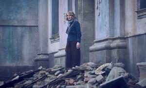 Helen Hunt in World On Fire.