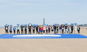 Blackpool South beach is awarded a blue flag for excellent sea water quality
