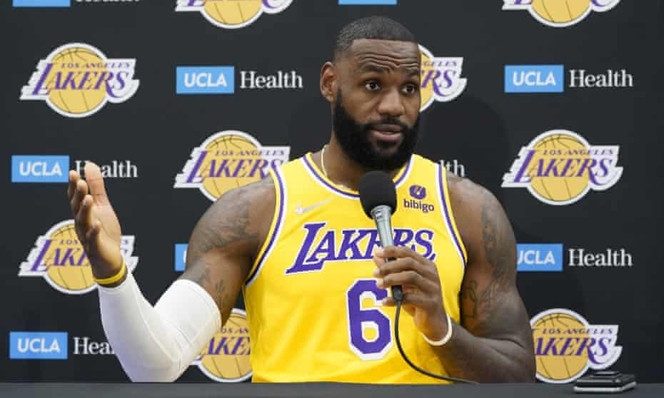 LeBron James: 'I don't talk about other people and what they should do'