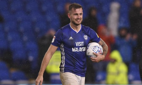 Ralls hat-trick settles thriller for Cardiff, Wycombe go top of League One
