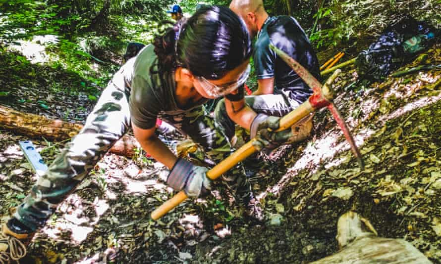 Volunteers digging the path in Svaneti.